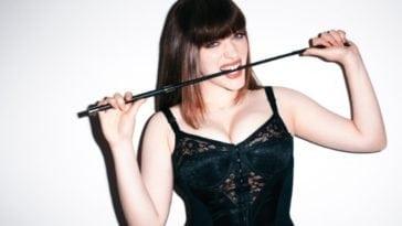 Kat Dennings Boobs Hot And Young 2 Broke Girls Actress 21 Hot Pics
