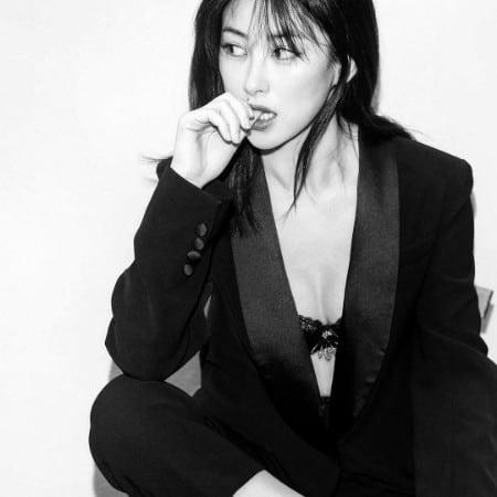 Zhu Zhu blck and white pic