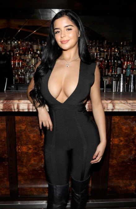 Demi Rose Mawby sexy clevage show in latest photo
