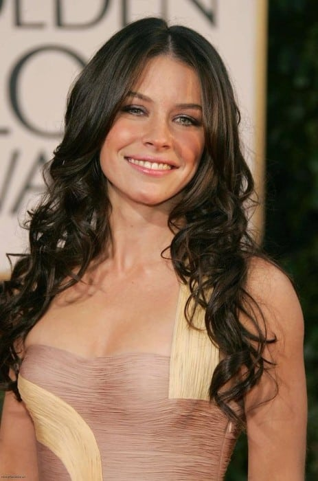 avengers 4 actress evangeline lilly hot at award function