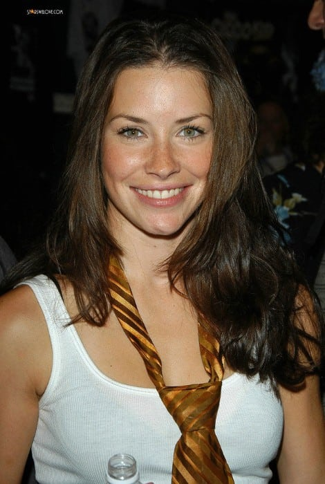 evangeline lilly near nude photo