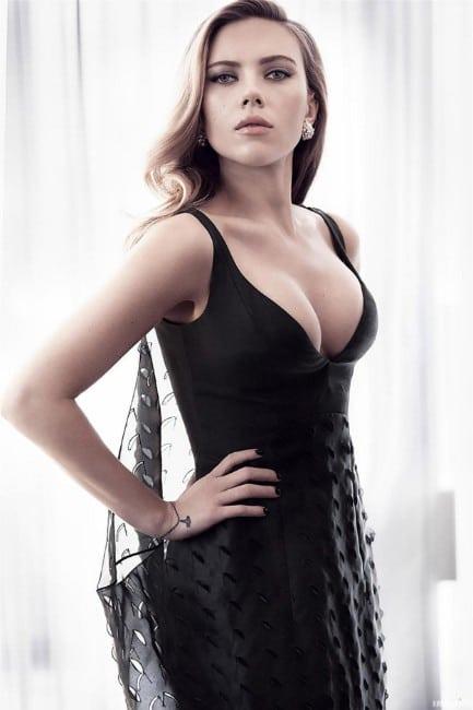 hot scarlett johansson bold sexy look