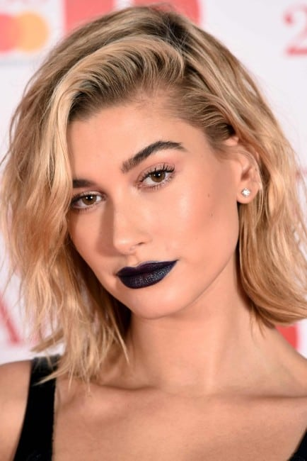 Hailey-Baldwin hot pics of sexy girlfriend of singer justin bieber