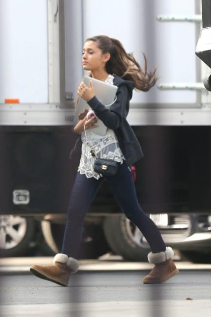 Ariana Grande Hot Images
