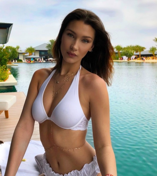 Bella Hadid bikini hot look
