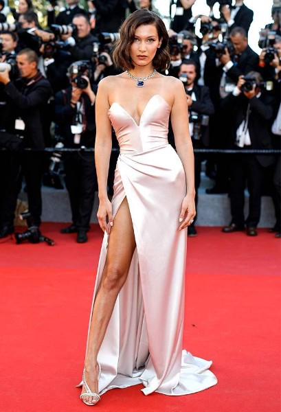 Bella Hadid hot on red carpet