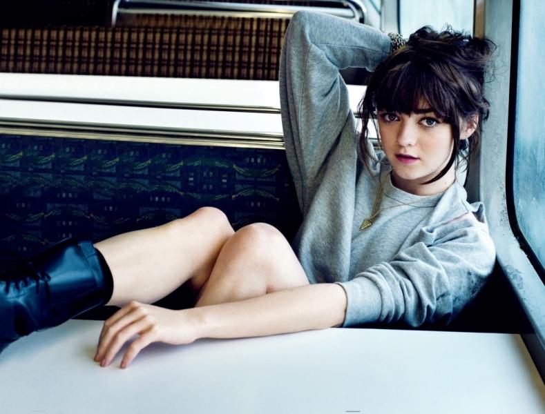 Maisie Williams as Arya Starkin game of throns