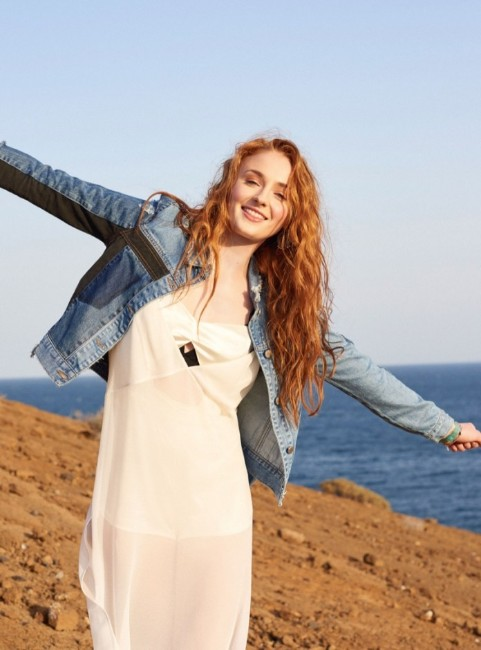 Sophie Turner hot hd image