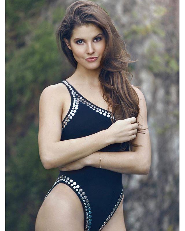 amanda cerny bikini hot images