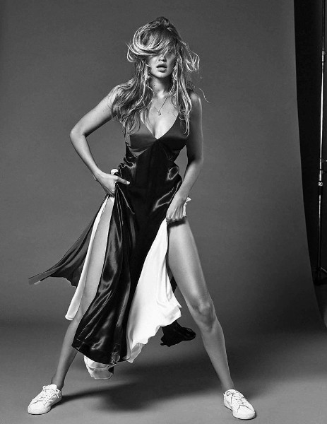 gigi hadid hot black and white photoshoot