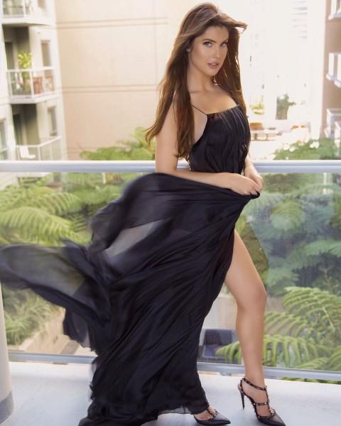 nude model of playboy amanda cerny hot in black dress