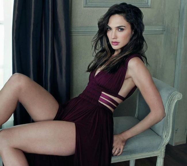 wonder woman hot actress Gal Gadot