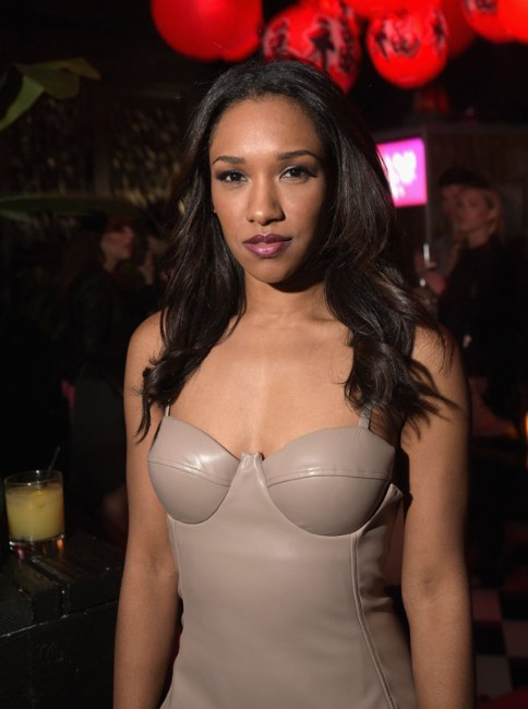 Candice Patton boobs show picture