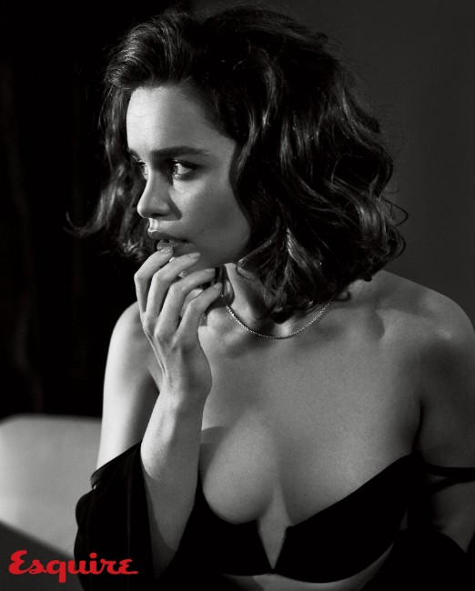 Emilia Clarke sexy boobs image