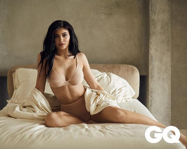 hot Kylie Jenner picturehot Kylie Jenner picture
