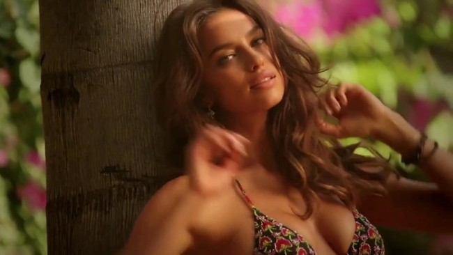 hot model Irina Shayk sexy photo