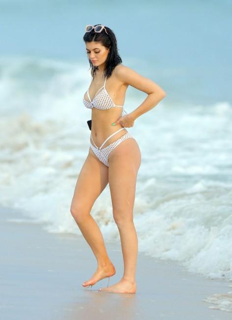 kardashian girl kylie jenner hot picture