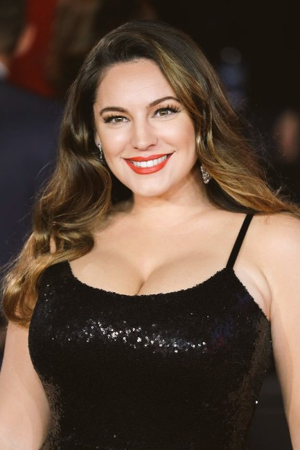 kelly brook naked boobs latest picture