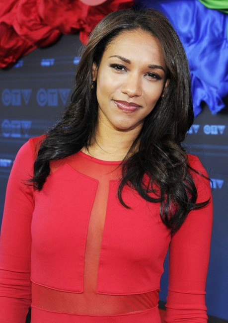 tte flash cast actress Candice Patton hot pictures