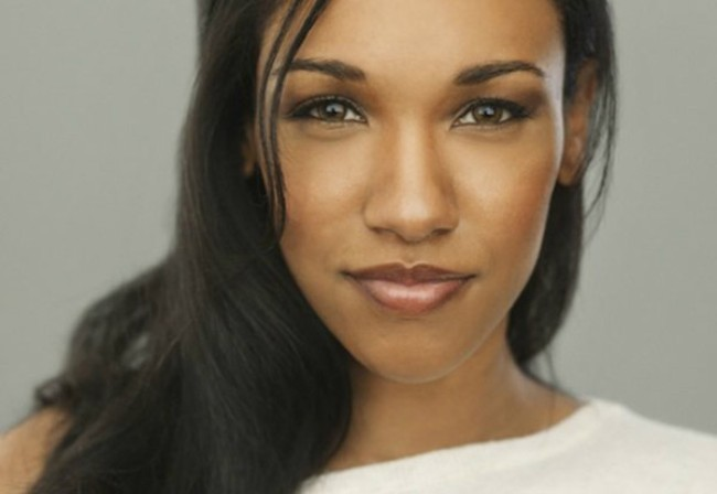 upclose hot phoot of Candice Patton