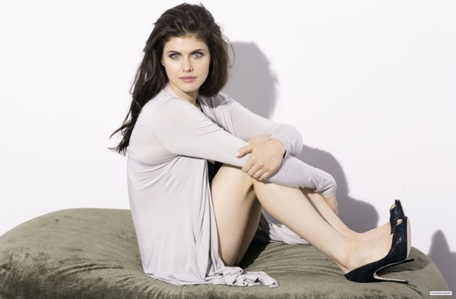 Alexandra Daddario hot as hell imges