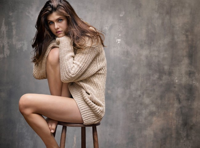 Alexandra Daddario hot latest photoshoot