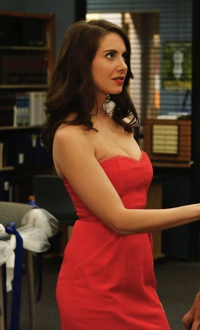 Alison Brie hot get hard tv show actress pictures