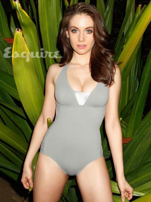 Alison Brie seductive hot photshoot image