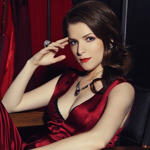 Anna Kendrick sexy latest photo