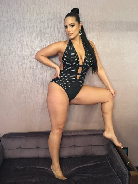 Ashley Graham hot and sext instagram photo