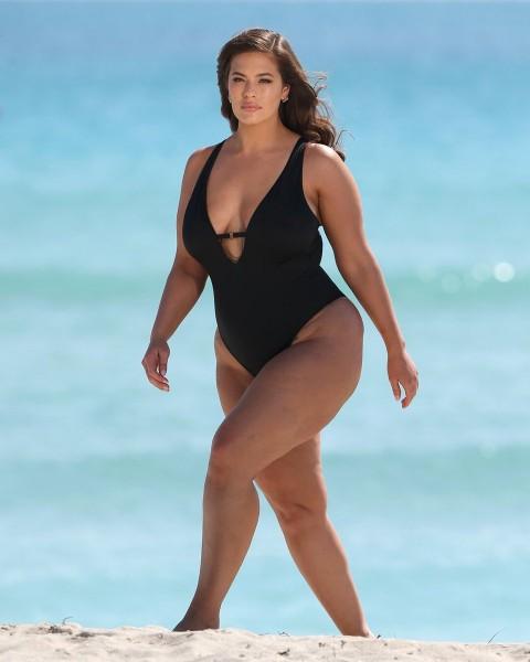 Ashley Graham hot at beach