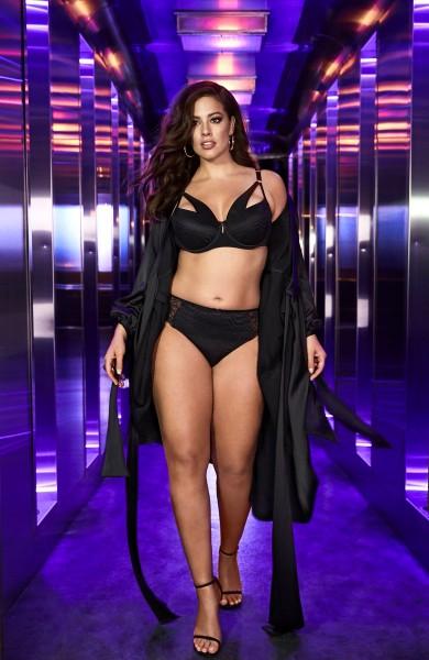 Ashley Graham hot looking in black swemsute