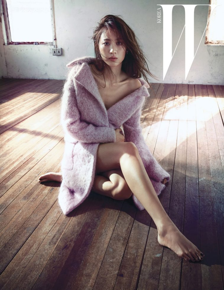 30+ Hottest Claudia Kim Pictures | Sexy Nagini Of Fantastic Beasts - sFwFun