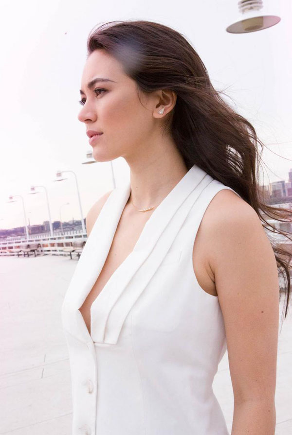 Jessica Henwick sexy looking picture