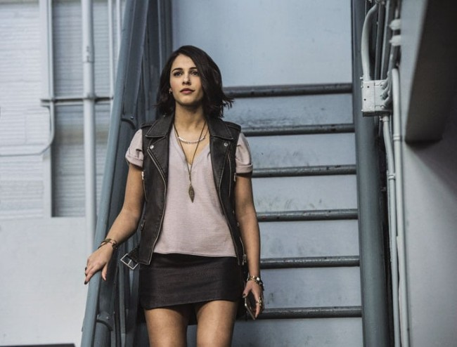 aladdin actress hot, princess jasmine actress Naomi Scott hot, power rangers actress Naomi Scott hot pics