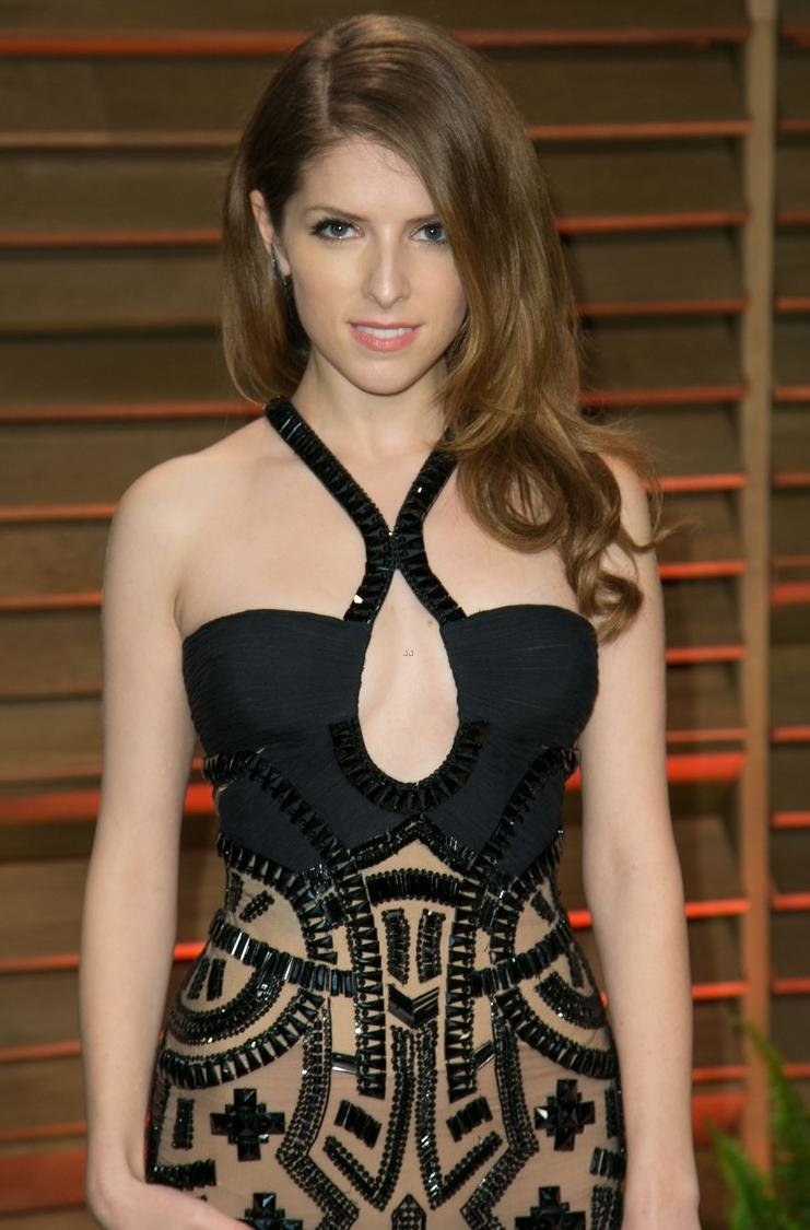 anna kendrick hot picture from latest award function