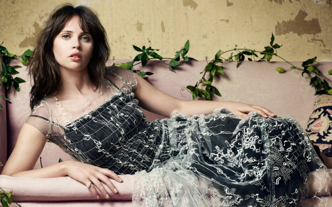 felicity jones hot, felicity jones nude, felicity jones naked, movies, felicity jones bikini, felicity jones rouge one