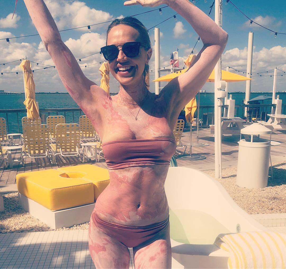 Arielle Kebbel Pictures, Arielle Kebbel nude, Arielle Kebbel hot, Arielle Kebbel sexy photos
