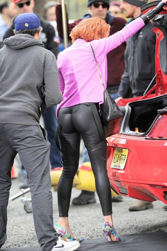 scarlett johansson ass hot pics, scarlett johansson sexy butt pictures, scarlett johansson booty perfect pics