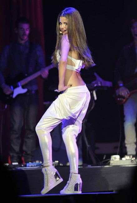 Selena Gomez Ass, sexy pictures of Selena Gomez booty