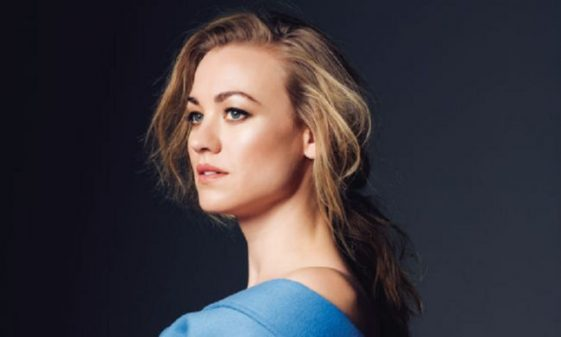 The Handmaid's Tale actress Yvonne Strahovski hot photos sexy near-nude bikini pics