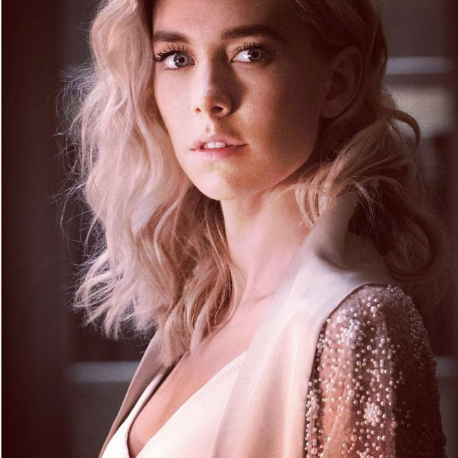 Mission impossible actress Vanessa Kirby hot photos sexy instagram bikini pics
