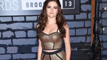 Zoey Deutch hot photos sexy Instagram bikini photos