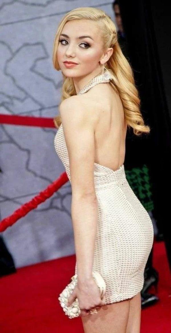 actress Peyton List photos sexy instagram bikini pics